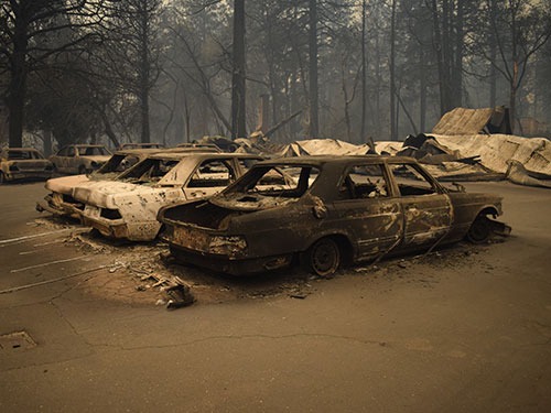cars destroyed in camp fire
